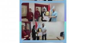 السفيرة عزة عبد القادر رئيس مجلس إدارة جمعية اللواء تكرم عدد من قيادات شركة نهضة مصر