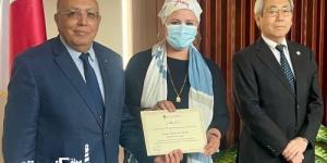 رئيس الجامعة المصرية اليابانية  تكرم هدى الساعاتى لتميزها فى تغطية الأنشطة و الفعاليات