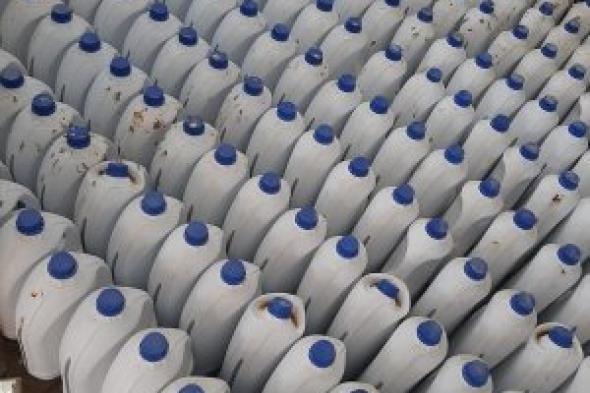 التموين يضبط مصنع منظفات ومستحضرات تجميل بدون ترخيص