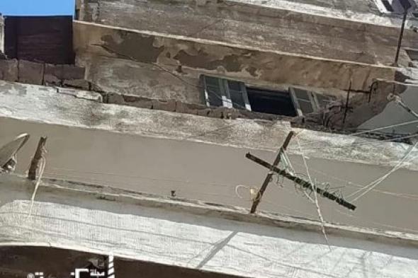 مصرع شخص سقطت عليه شرفة شقة بنطاق حي الجمرك