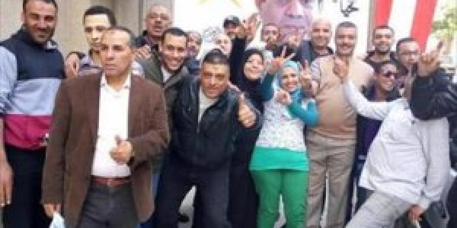الاتحاد المحلى لنقابات عمال الإسكندرية  : أتوبيسات لنقل لعمال و الموظفين إلى المقار الانتخابية
