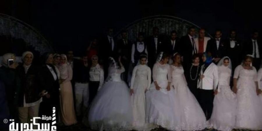 رتراكت سان استفانو  ينظم حفل زفاف جماعى لعشرة عرائس