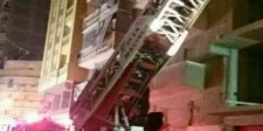 نشوب حريق فى شقة بمنطقة سيوف شماعة وإصابة أحد رجال الإطفاء بإختناق وحدوث حالات وفاة وإصابات
