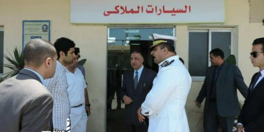 مدير أمن الإسكندرية يقوم بجولة تفقدية داخل وحدة مرور شرق المدينة (أبيس)