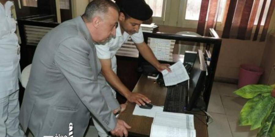 اللواء محمد الشريف يشدد علي سرعة الإستجابة لإستغاثة المواطنين عبر خطوط التليفون (خدمة 122)