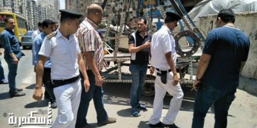 حملة لإزالة الباعة الجائلين وجميع الإشغالات في نطاق حي المنتزه وميدان سيدي بشر بالإسكندرية
