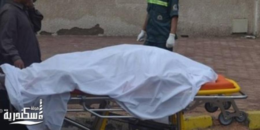 سقوط جزء من شرفة شقة بعقار قديم فى منطقة العصافرة قبلي بالإسكندرية وحدوث حالة وفاة