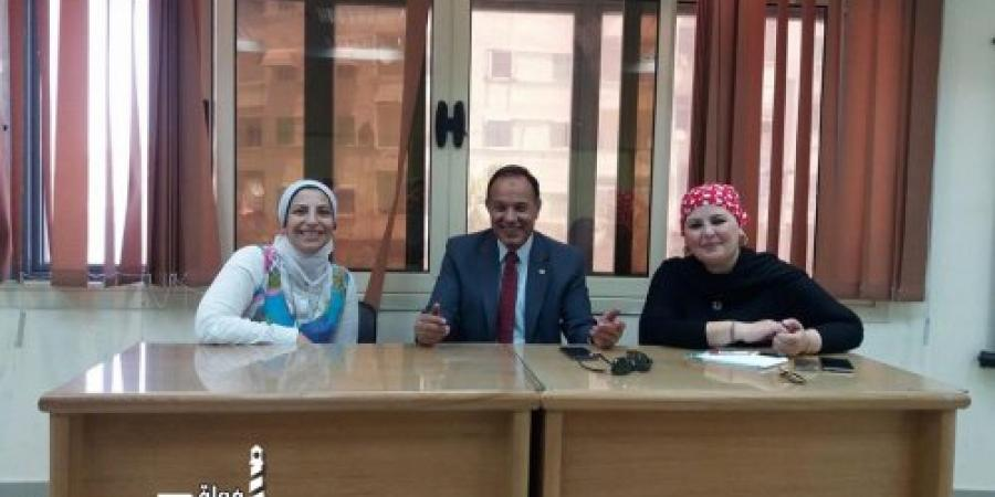 اسس الكتاب الصحفية فى مدرسة الصحافة بقصر ثقافة الأنفوشى بالإسكندرية