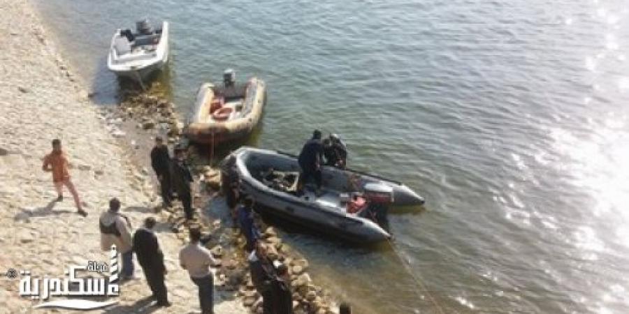 """""""الإنقاذ النهرى"""" بالإسكندرية ينتشل جثة لشخص"""" مجهول """" بمياه البحر فى العقد الثالث من العمر"""