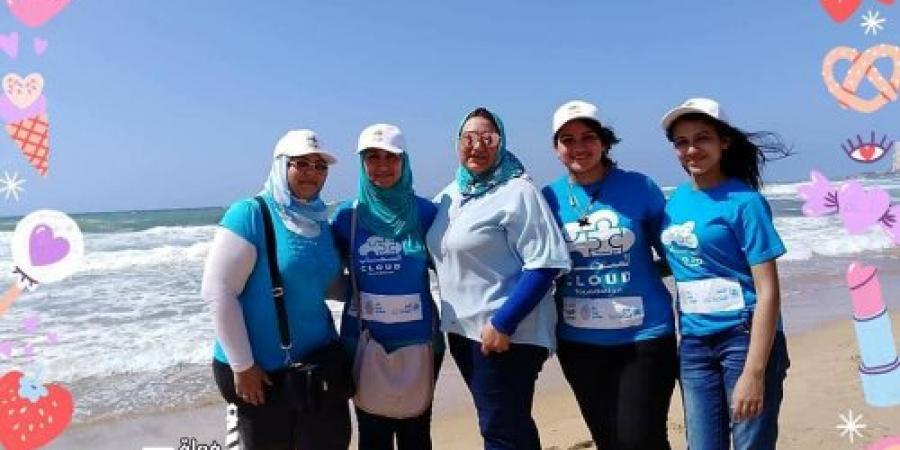 التغلب على التلوث البلاستيكى  على شاطىء ابو هيف فى اليوم العالمى للبيئة