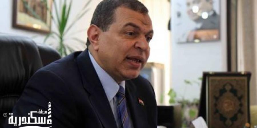 """""""القوى العاملة"""" تحذر المصريين من تأشيرة الإقامة الحرة بلبنان"""