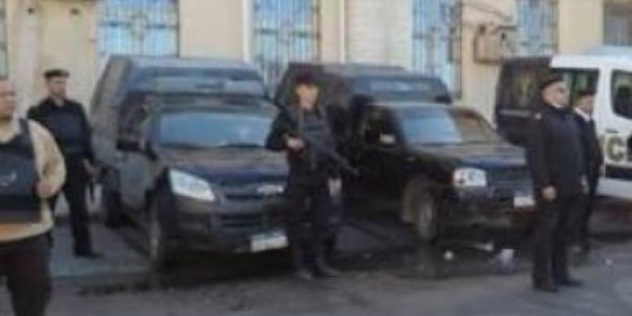 حملة أمنية بمنطقتي قلعة قايتباي وميدان المساجد بالإسكندرية