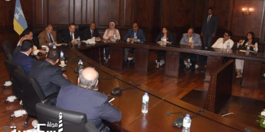 محافظ الإسكندرية يعقد اجتماعاً موسعاً بأعضاء مجلس النواب ، ويناقش أهم القضايا التي تهم المواطن السكندري