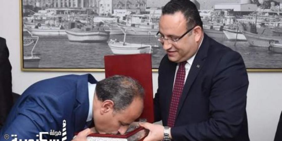 """تحت شعار """"رجال العطاء والوفاء"""" الإسكندرية تكرم رجالها"""