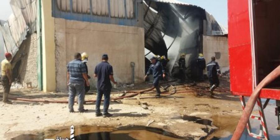 الحماية المدنية بالإسكندرية تسيطر على حريق بمصنع زيوت علي ترعة غرب النوبارية
