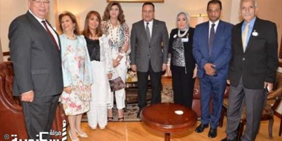 100 عريس وعروسه في حفل الزفاف الجماعي السنوى بحضور محافظ الإسكندرية
