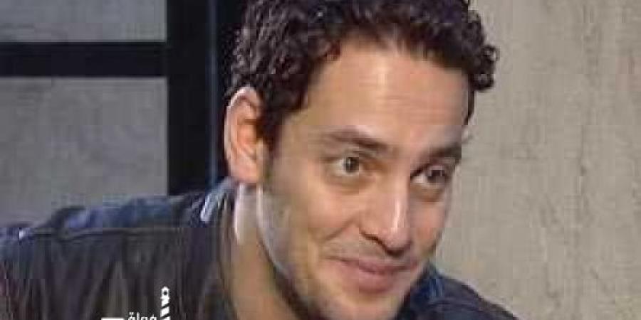 بلاغ يطالب بضبط وإحضار خالد ابو النجا لنشر اخبار كاذبة وإساءة الدولة المصرية