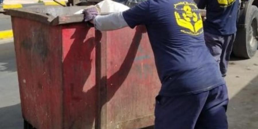 انقاذ طفل رضيع وجد داخل صندوق قمامة شرق الإسكندرية